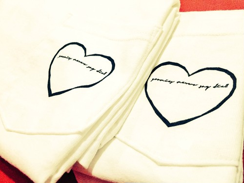 《SALE》 heart 【Pocket T-shirts】