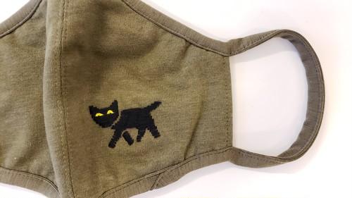 goodwalkin 手刺繍マスク『KURONEKO』Mサイズ