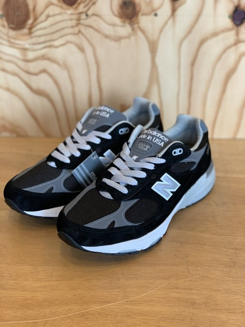 NEW BALANCE MR993BK