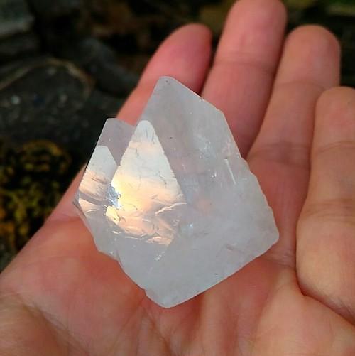 大きなツインピラミッド◆アポフィライト原石