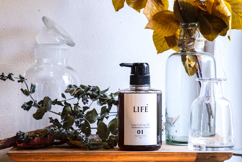 LIFE  SHAMPOO & TREATMENT & MIST