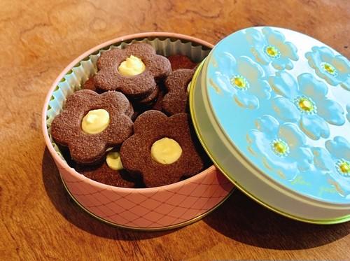 発送  お花のチョコクッキー 3月11日発送予定品