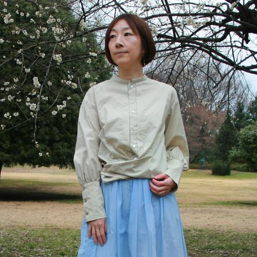BL-250オーガニックコットン水玉プリントKotori刺繍ボリュームスリーブカシュクールシャツ