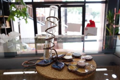 ステンドグラス 瓶と花②