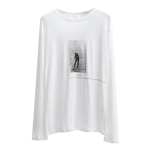 ヴィンテージ風 ルーズ グラフィックTシャツ フォトT 長袖 プリント Tシャツ ホワイトTシャツ オーバーサイズ トップス おしゃれ ゆったり 大人気 オシャレ お出かけ
