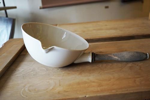 「白磁耐熱鍋」1920~40年 フランス
