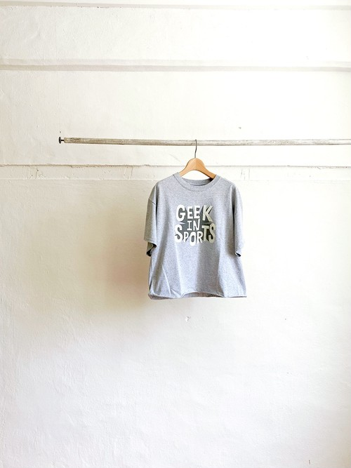 【THE DAY ON THE BEACH】 GEEK IN SPORTS .WILDWOOD  6oz cut off T