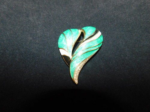 ハート型のブローチ(ビンテージ )vintage brooch  (heart)