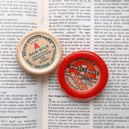 Vintage Milk cap badge オレンジ×ホワイトミニ