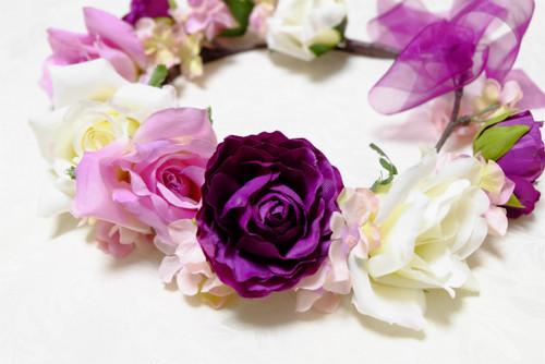 大人の雰囲気が漂う花嫁さまに、【エレガントなパープルヘッドリース】