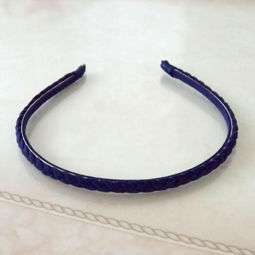 三つ編みカチューシャ 紺