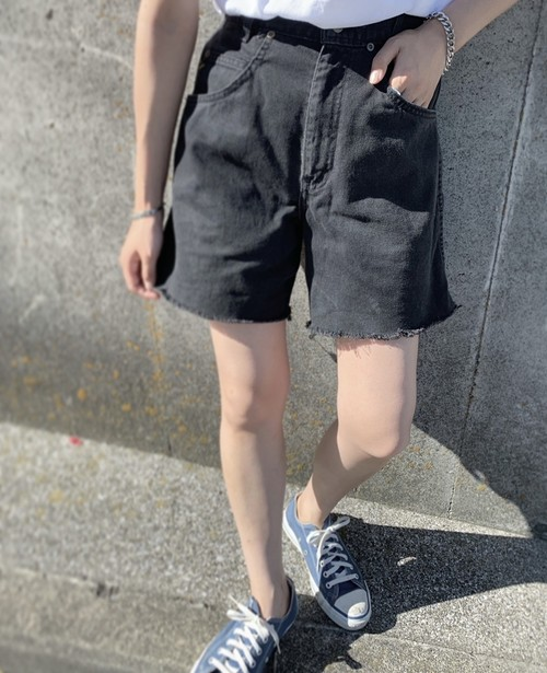""" denim short pants """
