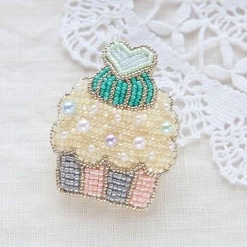 ビーズ刺繍キット(カップケーキ・レモン)