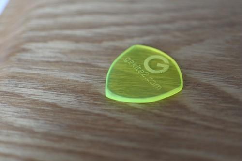 G-Pick アクリル単板 2mm