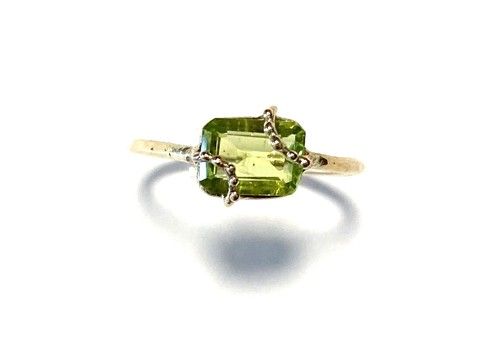 R10-0024-PD 【K10 lace rec peridot ring】