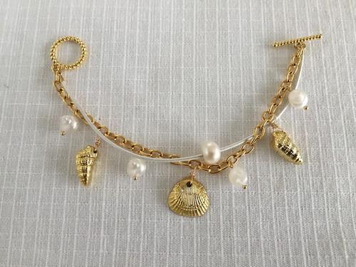 貝殻と淡水パールのブレス