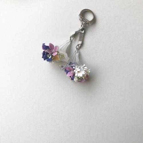 bouquet key ring