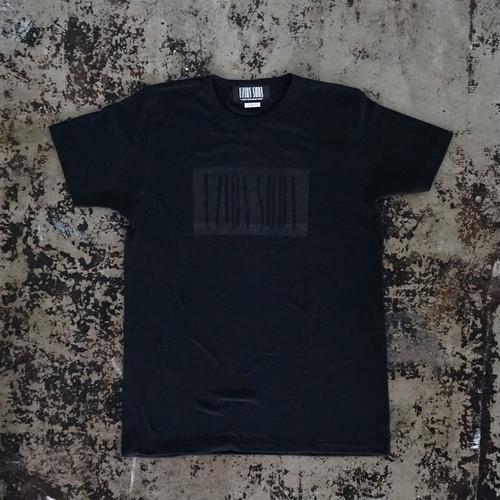 ライトオンス・バーコードロゴTシャツ (ブラック&ブラック)