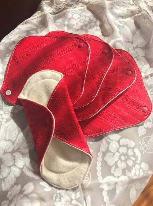 【限定】赤のレース布ナプキン