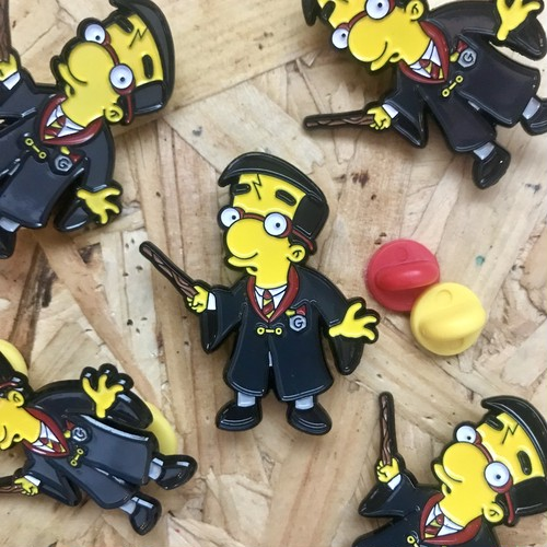 "THUMBS""Milhouse x Harry Potter Pin Badge"""