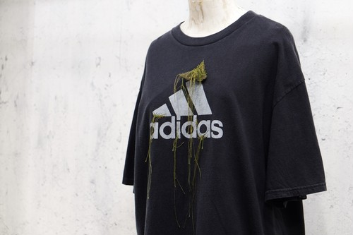 amachi. × The words vintage remade T-shirt