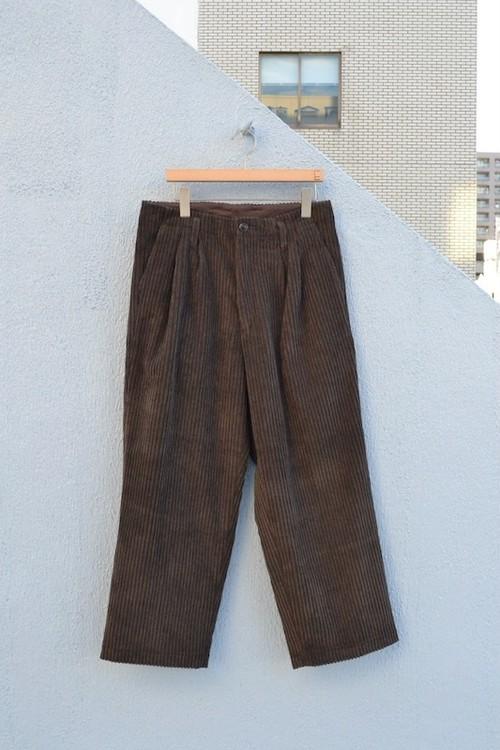 roundabout / Corduroy 2tuck Pants
