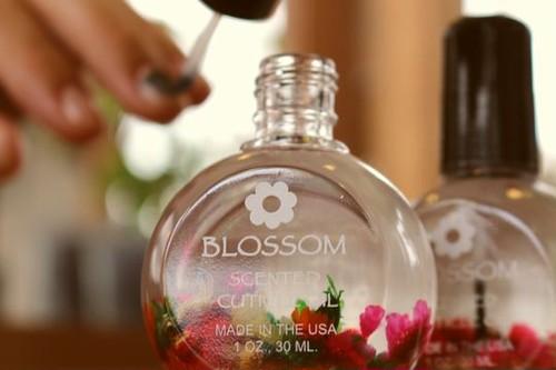 BLOSSOM ネイルオイル