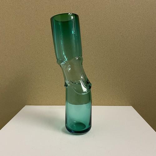 distortion flower vase