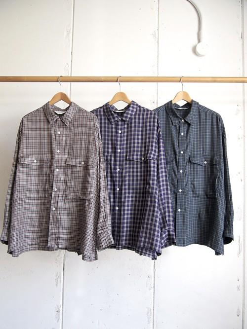 wonderland, Check shirts