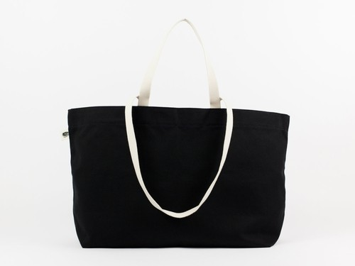 SIMPLE TOTE - BLACK