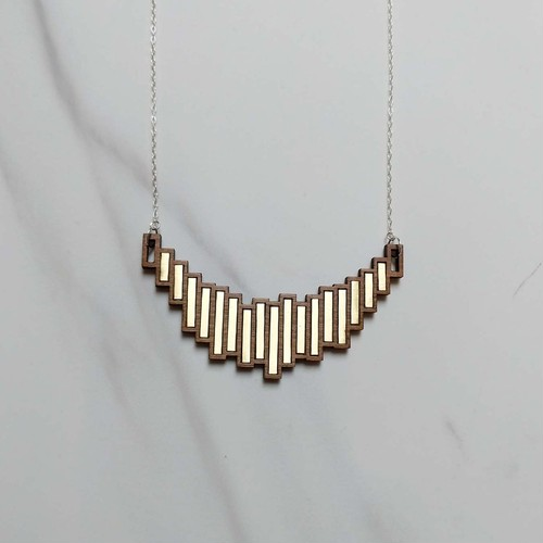 Stella Statement Necklace | 結婚記念日プレゼント | ネックレス | 木婚式 | 銅婚式 | 鋼婚式 |