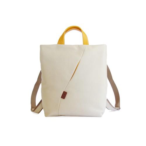 【袋果 NEWバックパック(S)/ ホワイト】A4サイズのリュック
