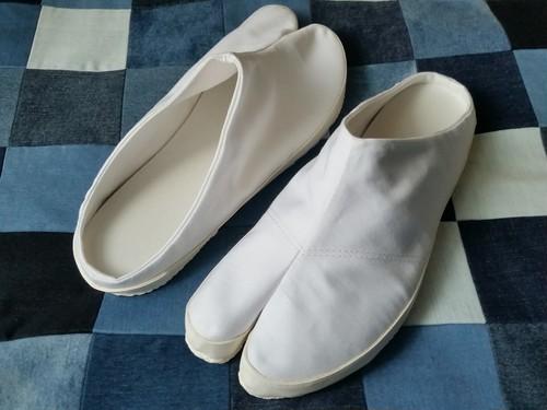 タビッパ(地下足袋型スリッパ) 白