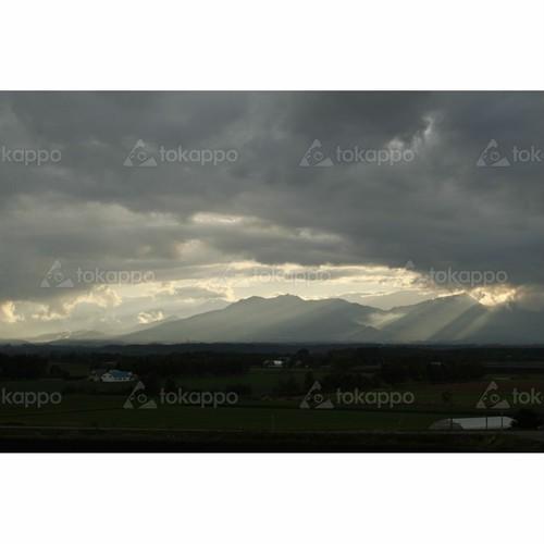 夕日の日高山脈