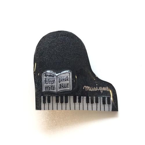 キャトルシス ピアノブローチ / ブラック