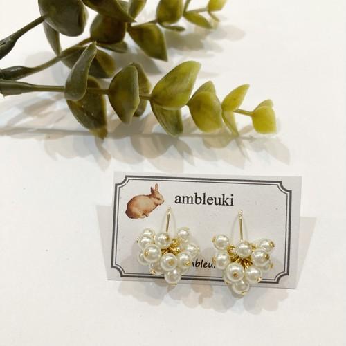 【ambleuki】パールくも(小)ピアス