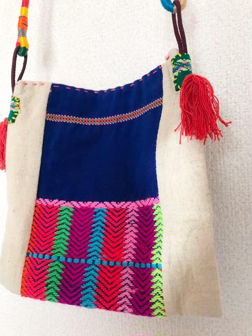 カレン族刺繍ポシェット