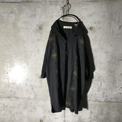 [used] lots cercle designed shirt