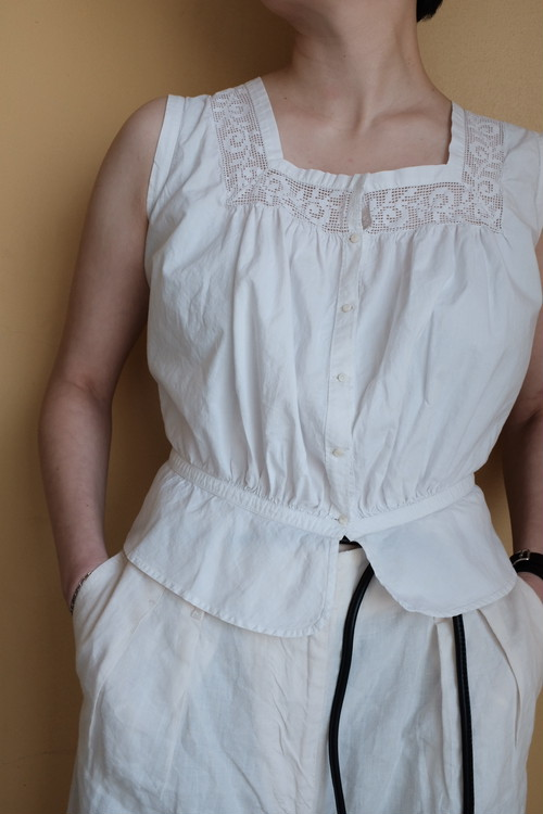 [VINTAGE] French antique race sleeveless blouse
