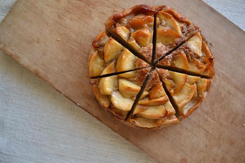 【単品購入用・送料込】キャラメルりんごケーキとクッキーの詰め合わせ