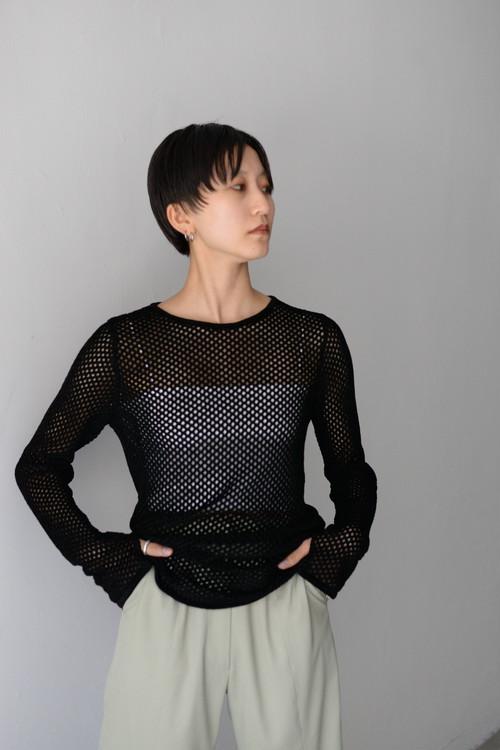 ROOM211 / Mole mesh knit TOP (black)