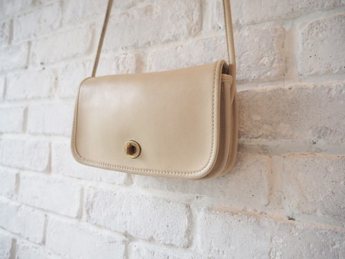 ※OLD COACH White Petit Shoulder bag / USA