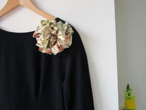 裂き織りコサージュ・ヘッドドレス『織織花』