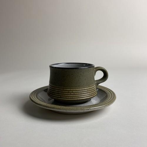 Cup and Saucer / カップ アンド ソーサー