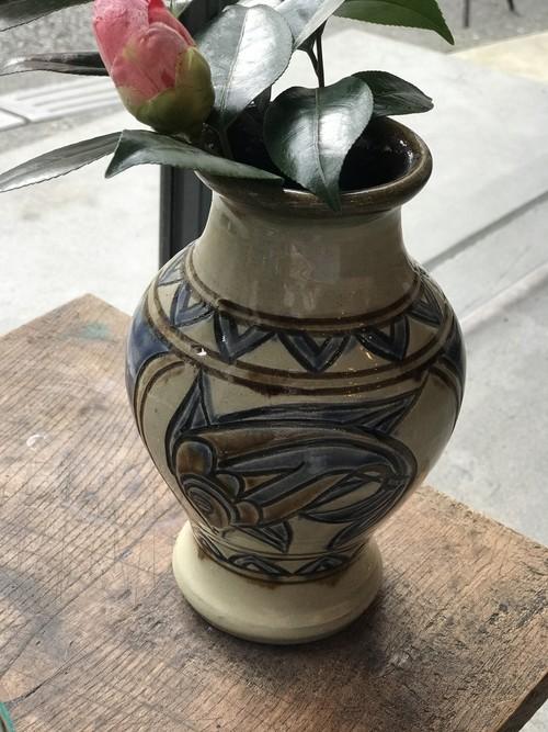 やちむん 次郎窯 魚紋 フラワーベース 花瓶