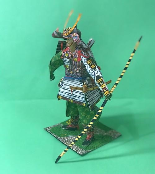 鎌倉武士(大鎧) Sサイズ(1/10スケール) 白糸威 源義経モデル
