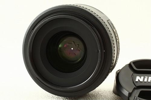 Nikonニコン AF-S DX NIKKOR 35mm F1.8G 外観極上品ランク