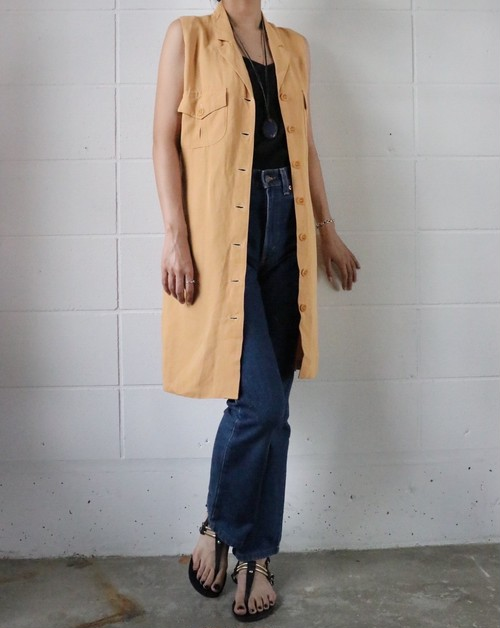 mustard yellow sleeve less dress