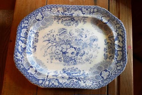 D25-252 ブルー&ホワイト大皿