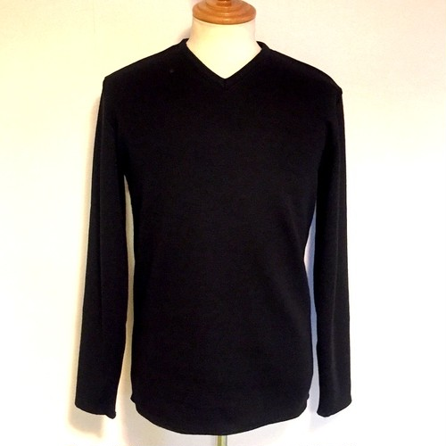 Warm V-Neck Cut & Sewn Black